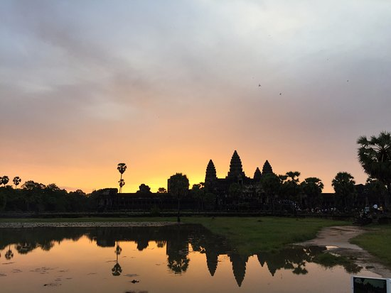 Angkor Wat: the sunrise is worth waking up early for