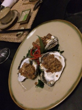 Home Finest Saigon Restaurant: Oyster grilled with oily fried shallots