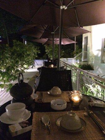 Home Finest Saigon Restaurant: Outdoor area