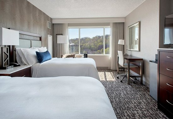West Conshohocken, PA: Double/Double View Guest Room