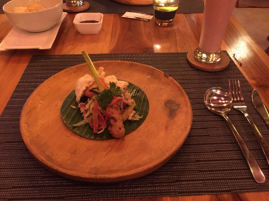 Raja Bali Restaurant Nusadua: appetizer included in the set meal for 2
