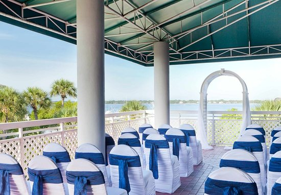 Hutchinson Island Hotel Deals