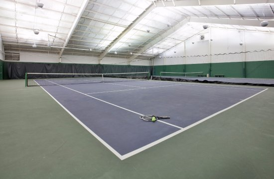 The Lodge at Eagle Crest: Play Indoor Tennis at the Resort Sports Center