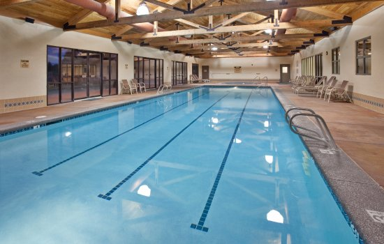 The Lodge at Eagle Crest: Lap Swim at the Indoor Pool in the Ridge Sports Center