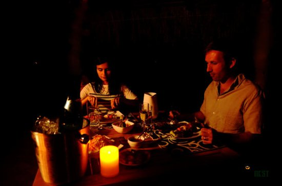 Romantisch BBQ-diner in de jungle van ...