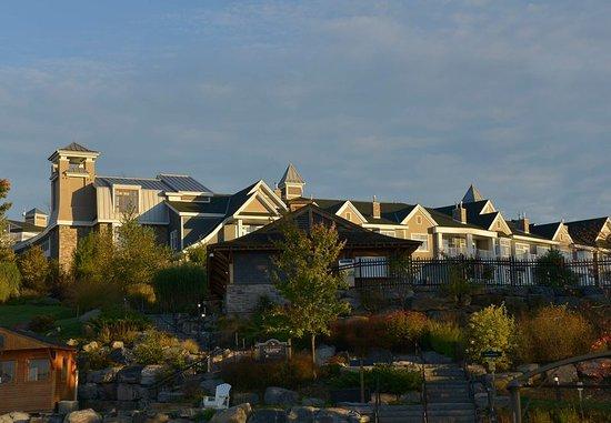 Minett, Canada: Paignton House Wing