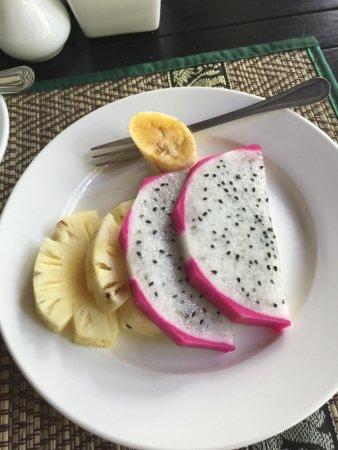 Mango Rain Boutique: Breakfast.