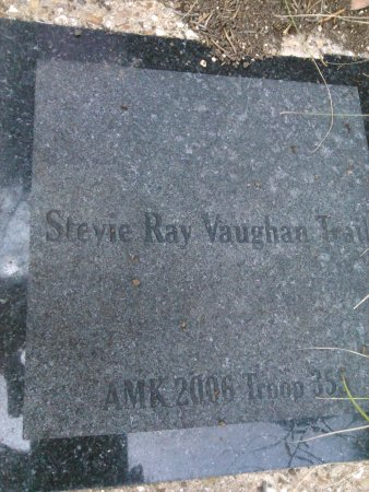 Windmill Hill Nature Preserve: Stevie Ray Vaughan Trail
