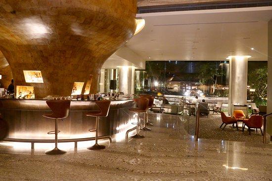 Lounge and Bar (L.A.B)