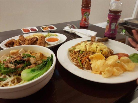 Best Western Premier Panbil: Delicious Seafood Laksa