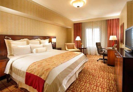 San Mateo, كاليفورنيا: Concierge Tower Deluxe Rooms