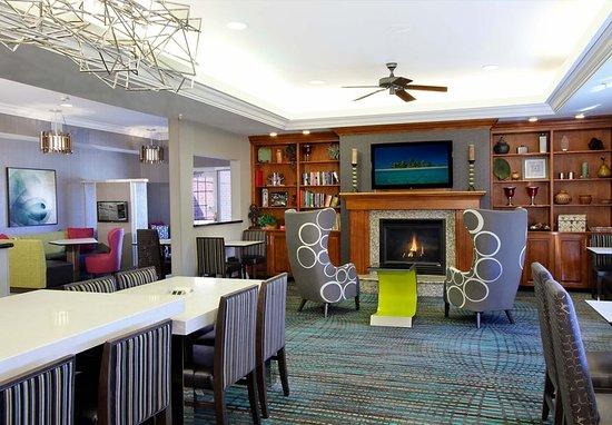 Residence Inn Colorado Springs North/Air Force Academy: Gatehouse