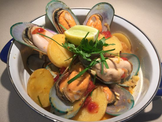 Whangamata, Nuova Zelanda: Just another taste delight- Coromandel green lipped mussels!