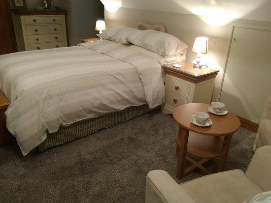 White Cottage B&B: Garden veiw room