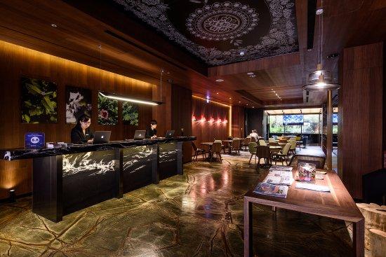 Inhouse Hotel Taichung: 接待櫃台