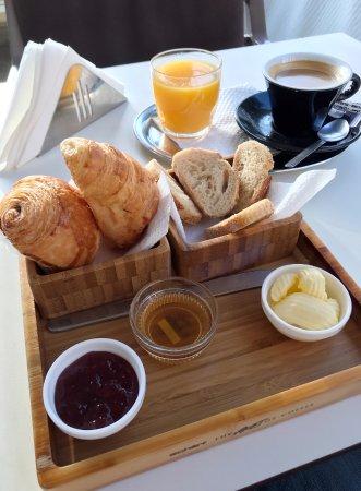 Coffeeshop Company: Ein klassisches französisches Frühstück für 27 Dhs.