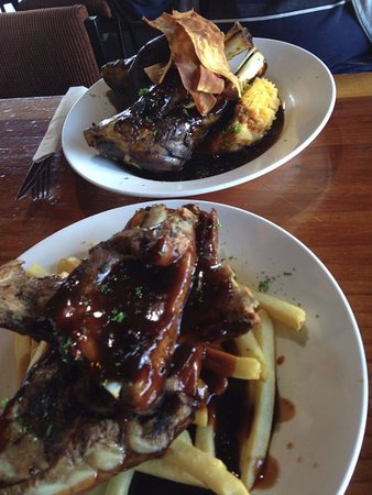 Schnapps Bar: Ribs and lamb shank