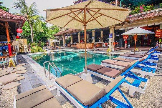 Legian village hotel ab chf 18 c h f 3 3 bewertungen for Swimming pool preisvergleich