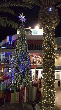 Third Street Promenade : Xmas decoration at the Promenade