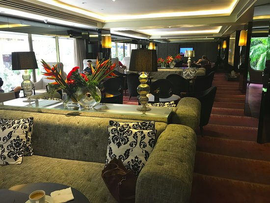 Sheraton Towers Singapore: Executive Club seats 1