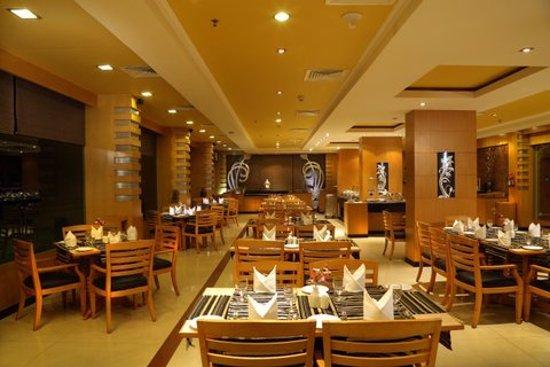 Interior - Picture of The Quilon Beach Hotel & Convention Centre, Kollam - Tripadvisor