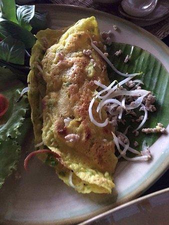 "Home Finest Saigon Restaurant: this is ""Pan cake Vietnamese"""