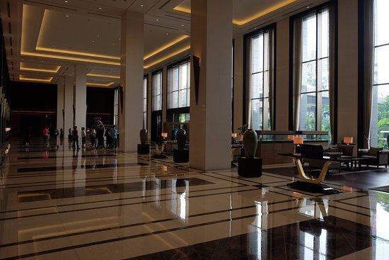Hotel Lobby Area Picture Of Fairmont Jakarta Jakarta Tripadvisor