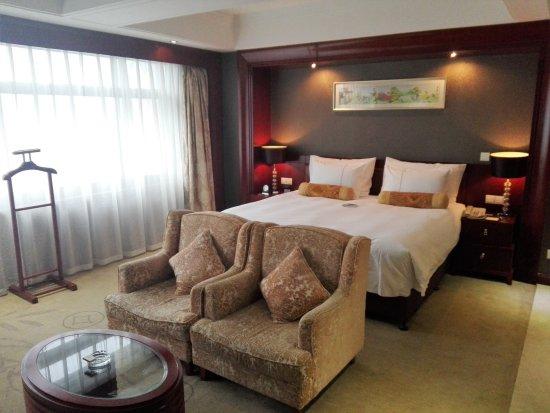 Jinyaun Sunshine Hotel: tredicesimo piano