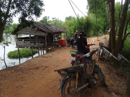 Kampong Thom, Cambodia: la buvette