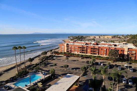 Crowne Plaza Ventura Beach Photo