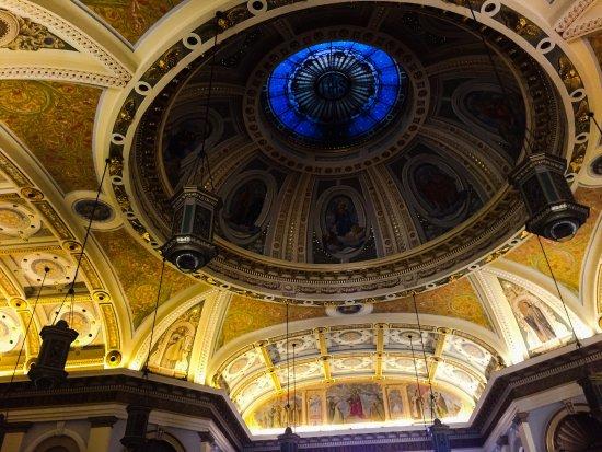 Cathedral Basilica of St. Joseph: Interior de la Basílica otra toma