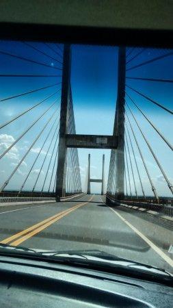 Pauliceia, SP: Ponte Estaiada