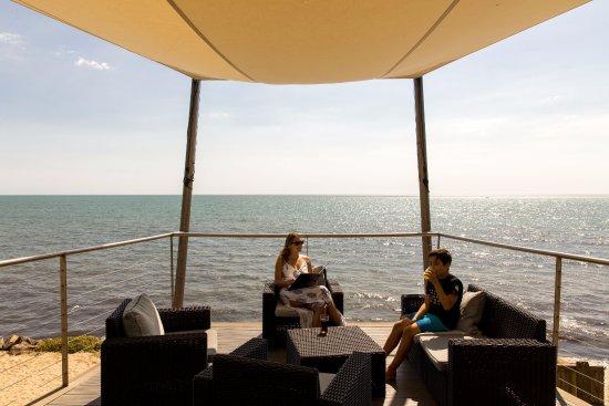 La Gueriniere, Frankreich: Sur le ponton pour se détendre en respirant l'air marin.