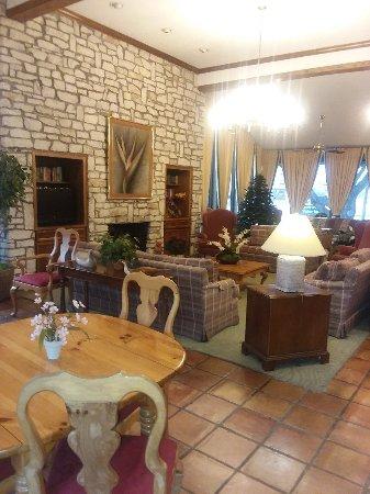 Americas Best Value Inn : TA_IMG_20171129_072549_large.jpg