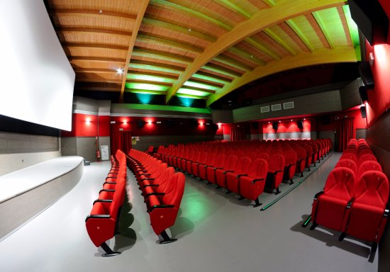 Teatro Tartaro di Galatina: Cinema & Teatro