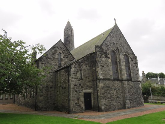 St Leonard's Parish Church