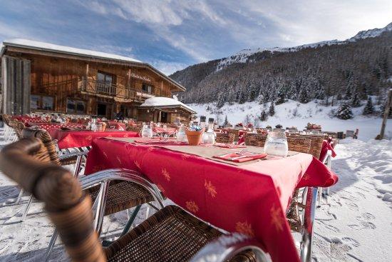 Montchavin, Frankrijk: Bain de soleil en terrasse