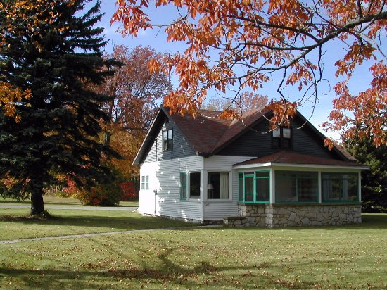 Egg Harbor, WI: One of Alpine's four bedroom houses located near the Alpine Golf Course.