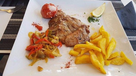 Órgiva, Spanien: .Carne jugosa y expectacular