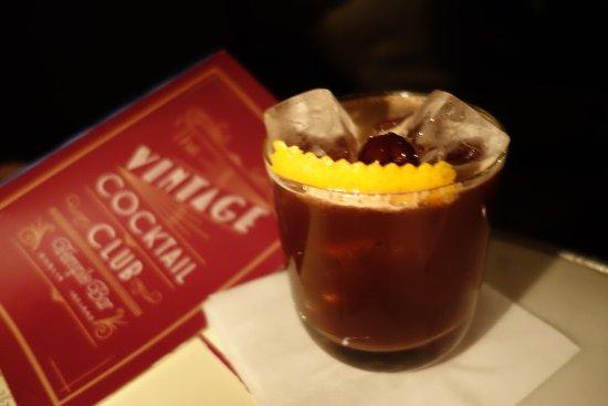 Vintage Cocktail Club: photo3.jpg