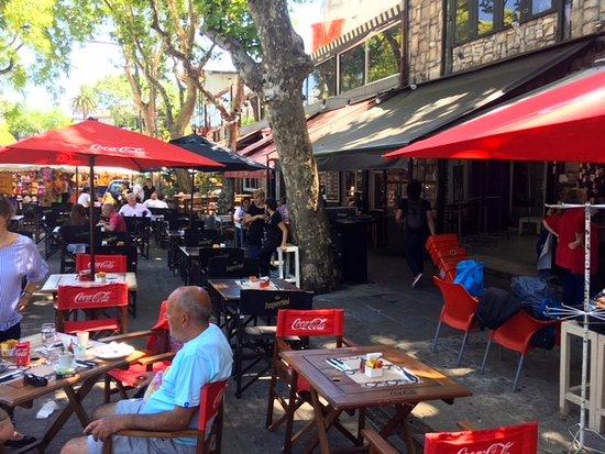 Legado Mitico: Lots of outdoor dining