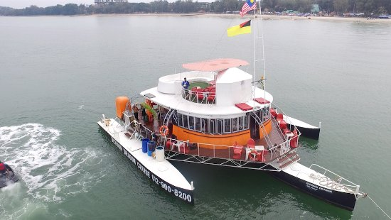 Port Dickson, Malezya: Cruising on Dickson Dragon