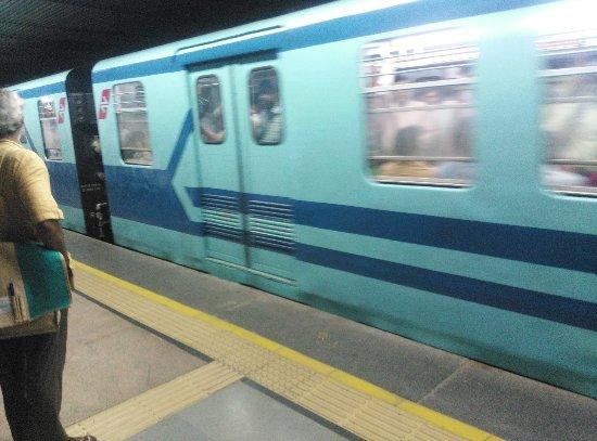Metro Railway : The Metro Train