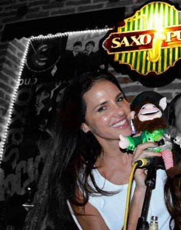 Mujeres Lindas Paola Turbay Picture Of Saxo Pub Giron