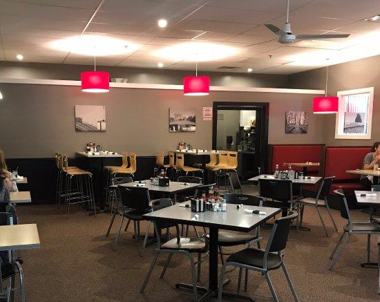 Allendale, ميتشجان: Expanded dining area