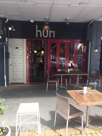Hum Café: Outside view