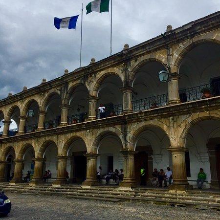 Palacio de los Capitanes Generales: Lugar bonito!