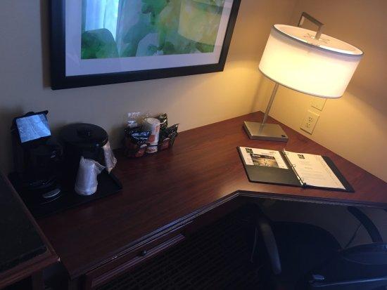 Palm Bay, FL: Desk