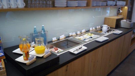 Wertingen, Duitsland: I banco buffet colazione