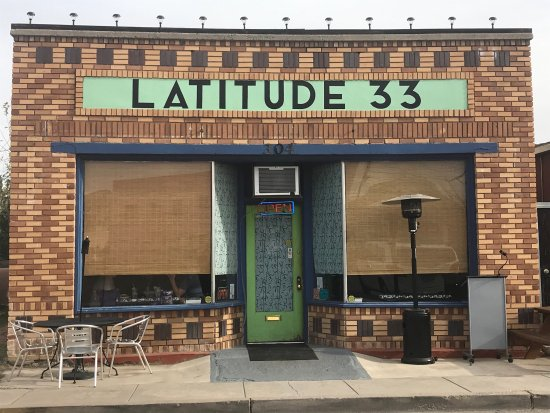 Latitude 33 : This is the best place to have Thai Style chicken soup in the middle of the dessert.  I tried th